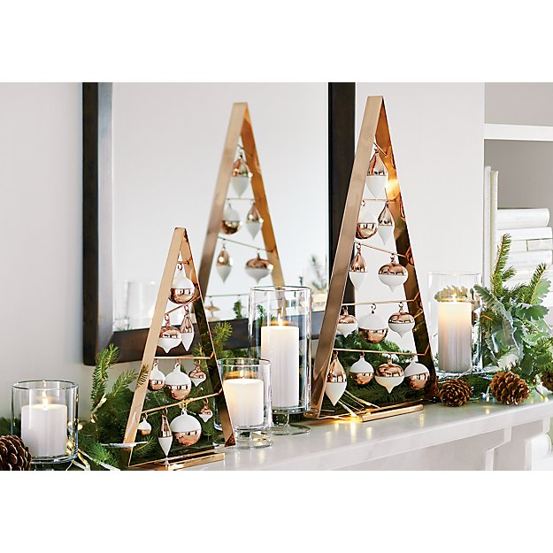 Note: Plans are provided for a Large Ornament Tree and/or a Small Ornament Tree. If you plan on making both, purchase an extra 1″ x 2″ board and 1/8″ steel rod. Step 1 – Large Ornament Tree – Cuts. Cut the 1″ x 2″ into the following 3 pieces.