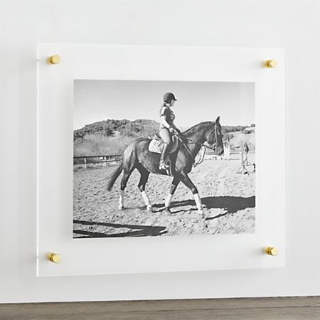 Br 19 X16 Floating Acrylic Wall Frame