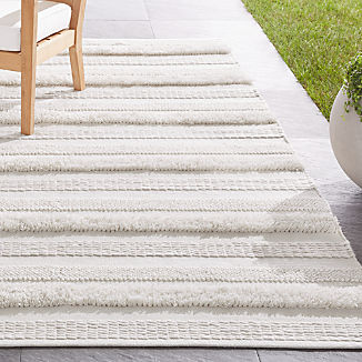 Alma Ivory Fringe Indoor/Outdoor Rug