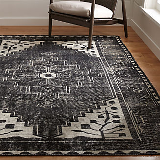 Anice Black Hand Knotted Oriental-Style Rug