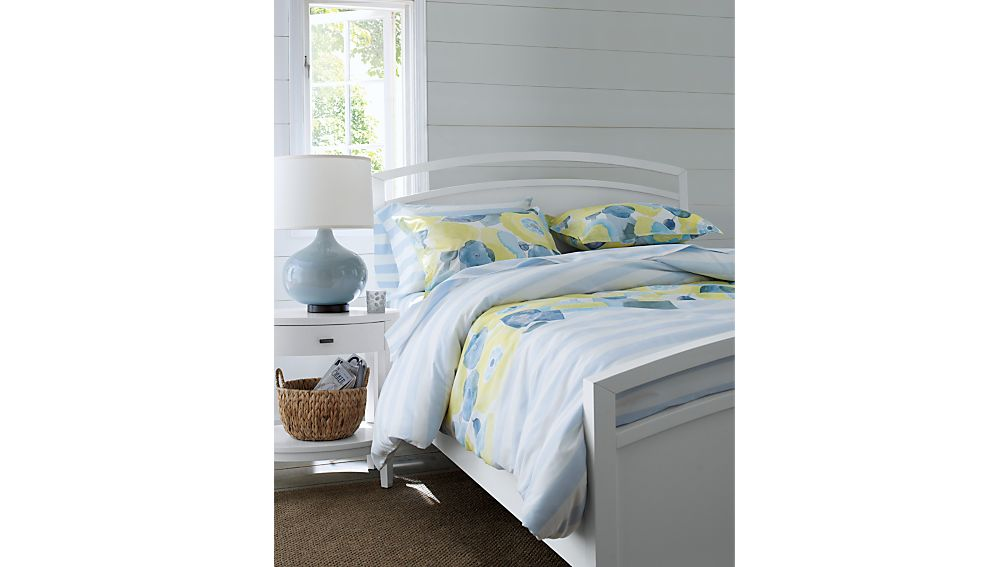 Arch White King Bed