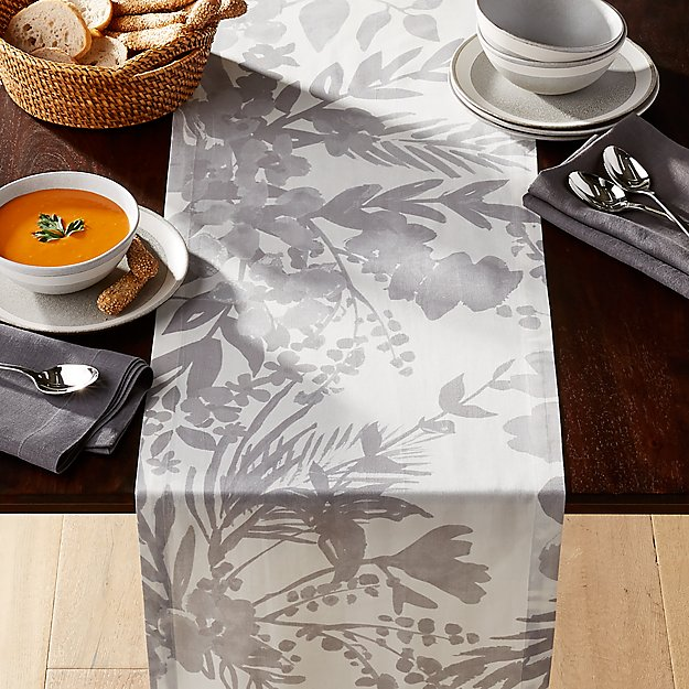 Artiste Grey Table Runner 90 Quot Reviews Crate And Barrel