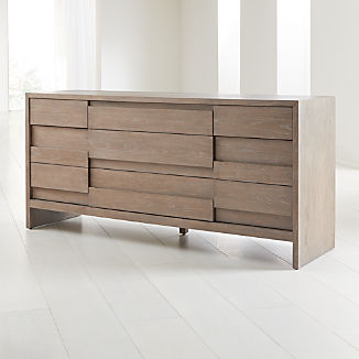 Atlas 9-Drawer Dresser