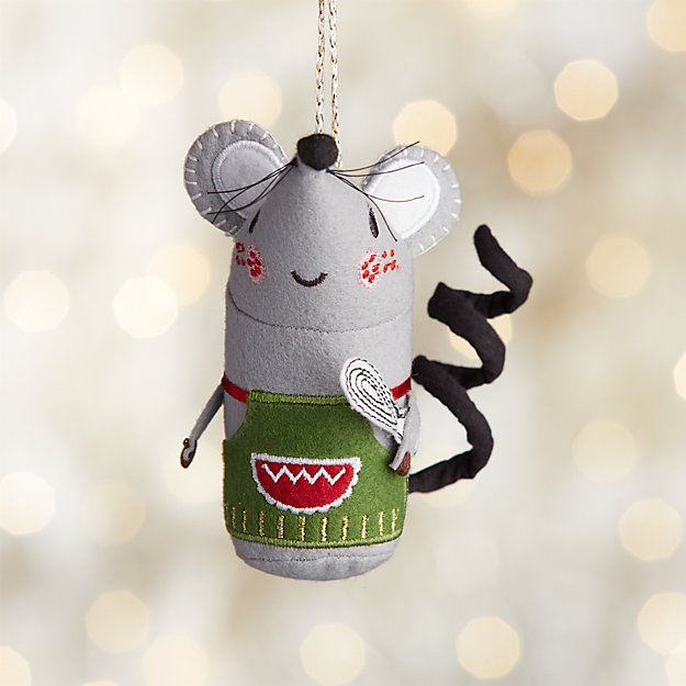 Baking Mouse With Green Apron