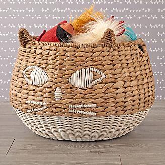 Elegant Woven Cat Basket