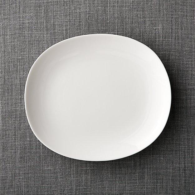 Bennett Oval Dinner Plate