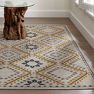 90 OFF  Crate and Barrel Crate and Barrel Area Rug  Decor