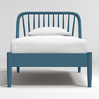 Bodie Blue Spindle Bed