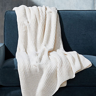 Warm White Cable Knit Throw