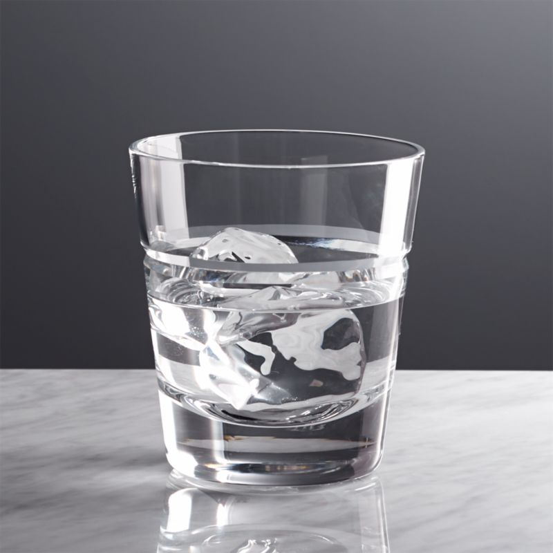 A single, dramatic V-cut distinguishes this sophisticated barware. Elegant simplicity, flared shapes in hand-cut glass. Classic yet contemporary.<br /><br /><NEWTAG/><ul><li>Handmade and handcut</li><li>14 oz.</li><li>Hand washing recommended</li><li>Made in Poland</li></ul>