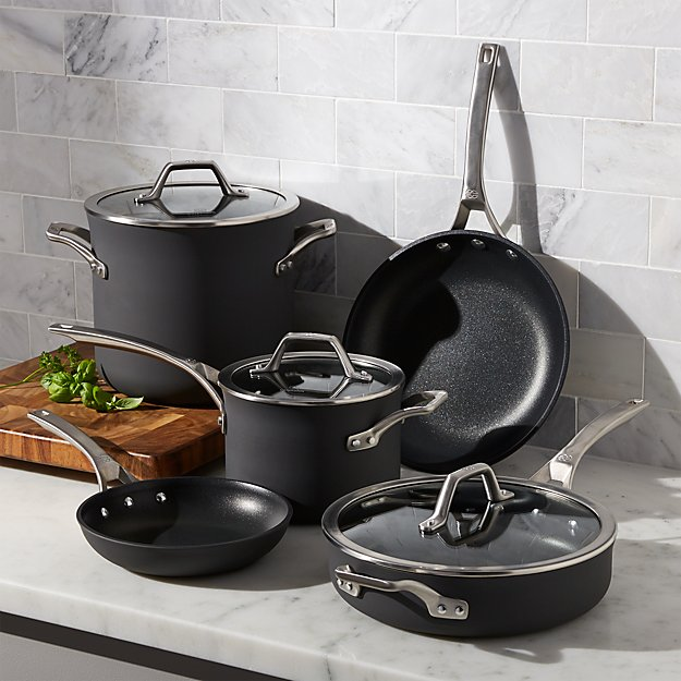 Calphalon Signature Non Stick 8 Piece Cookware Set With Bonus Reviews Crate And Barrel