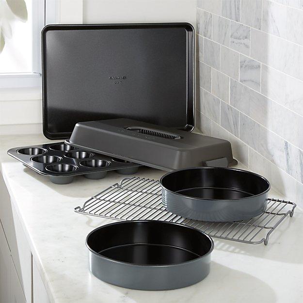 Calphalon ® Signature 6-Piece Ceramic Bakeware Set