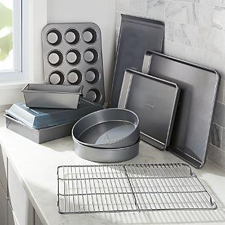 Calphalon ® 10-Piece Nonstick Bakeware Set