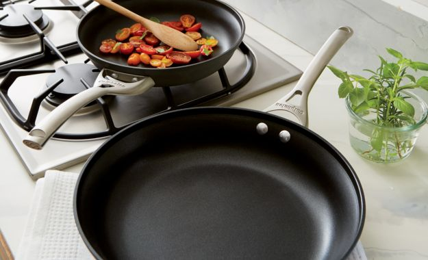 Calphalon Contemporary Non Stick 2 Piece Fry Pan Set