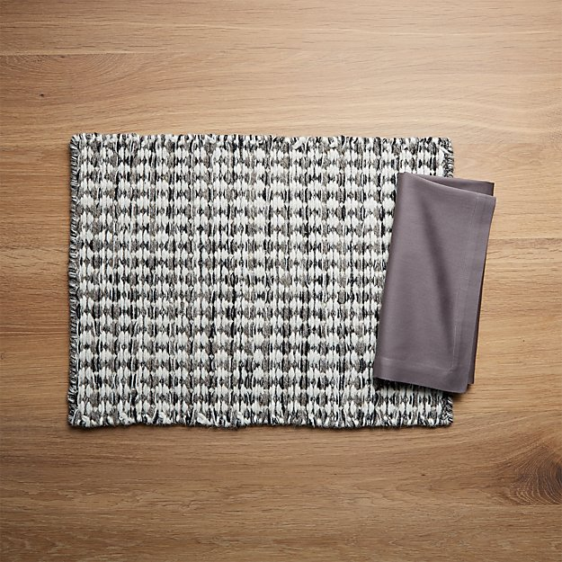 Canton Wool Placemat and Fete Pewter Grey Cloth Napkin