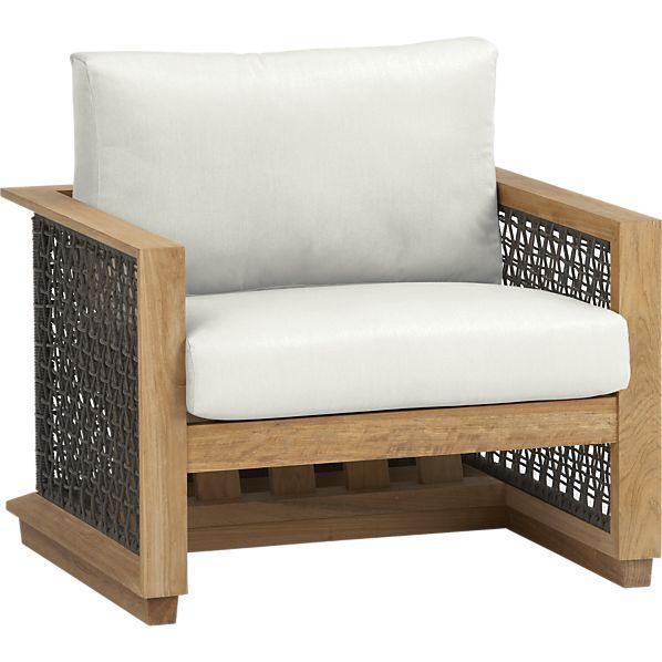 Canyon Lounge Chair with Sunbrella ® White Sand Cushion
