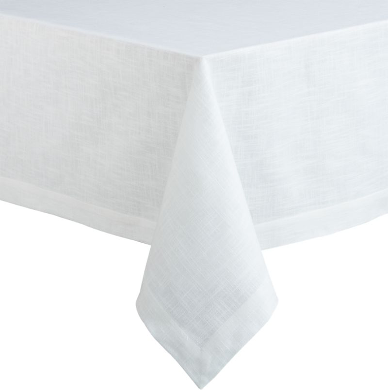 Crisp, white, 100% cotton tablecloth layers the table with nubby texture and beautiful drape.<br /><br /><NEWTAG/><ul><li>100% cotton</li><li>Oversized to allow for shrinkage</li><li>Machine wash, tumble dry; warm iron as needed</li><li>Made in India</li></ul>