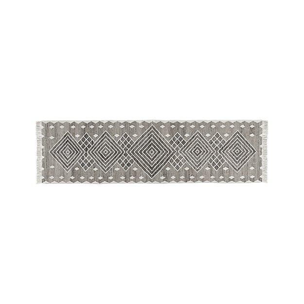Ceri Grey Indoor/Outdoor Rug 2.5'x9' - Image 1 of 6