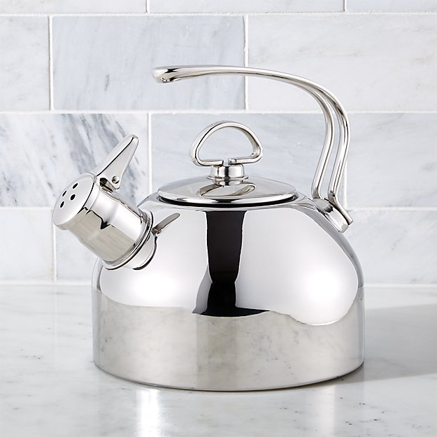 Chantal © Classic Stainless Steel Whistling Tea Kettle