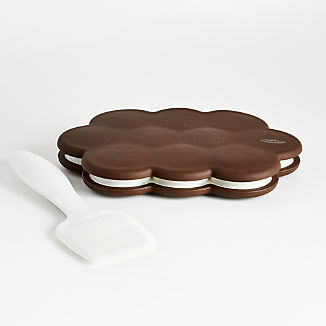 Chef'n ® Sweet Spot ™ Ice Cream Sandwich Maker