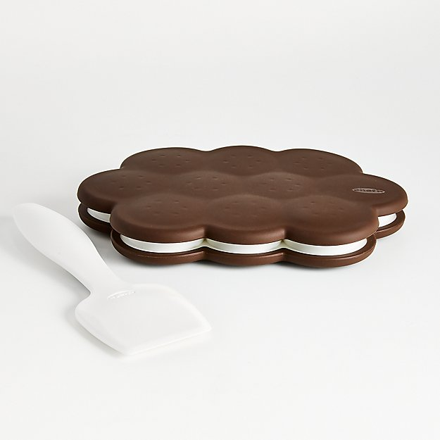 Chef'n ® Sweet Spot ™ Ice Cream Sandwich Maker - Image 1 of 2