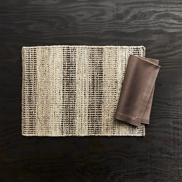 Ciara Wool Placemat and Fete Brindle Brown Cloth Napkin