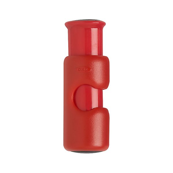 OXO ® Red Cinch Clip