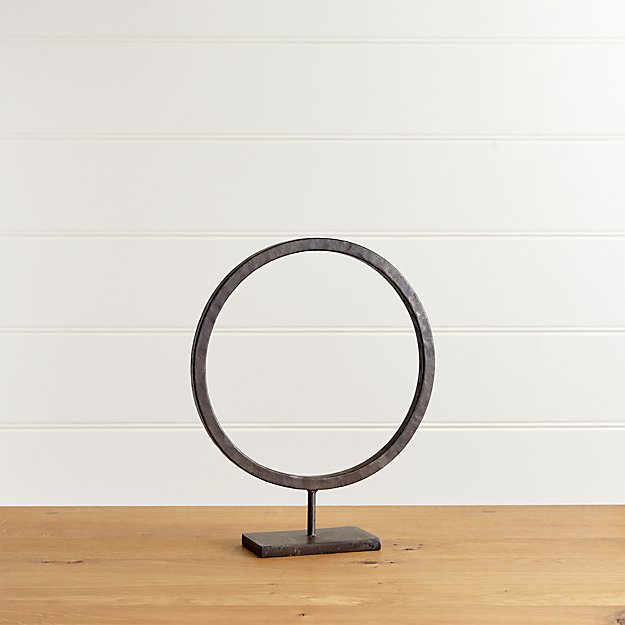 Circlet Stand Small - Image 1 of 13