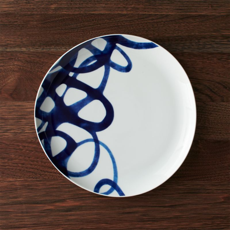 & Como Blue and White Dinner Plate + Reviews | Crate and Barrel