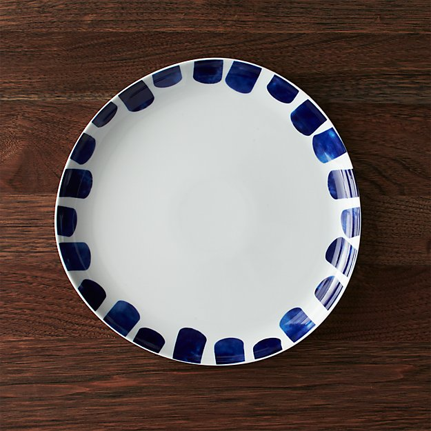 & Como Dinner Plates | Crate and Barrel
