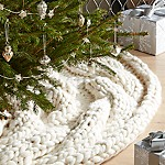Cozy Knit Ivory Tree Skirt