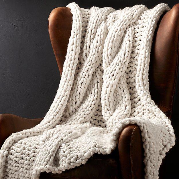 Cozy Knit Ivory Throw