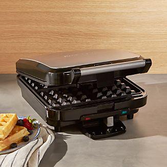 Cuisinart ® 4-Slice Belgian Waffle Maker