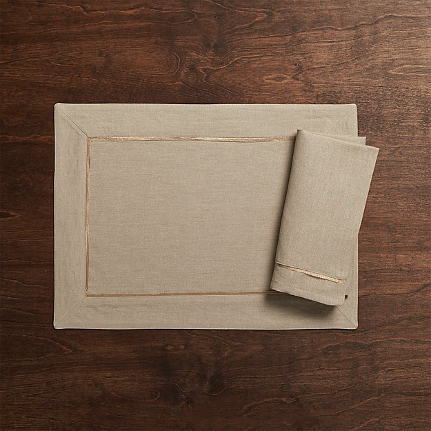 Dalton Neutral Placemat and Dinner Napkin