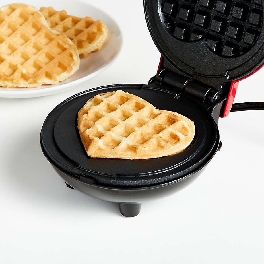Viewing product image Dash Heart Mini Waffle Maker