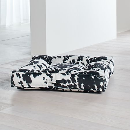 Piazza Large Wrangler Tufted Dog Bed Reviews Crate And Barrel
