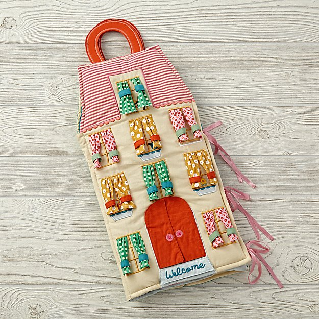 Dolls Carry Home Dollhouse V1
