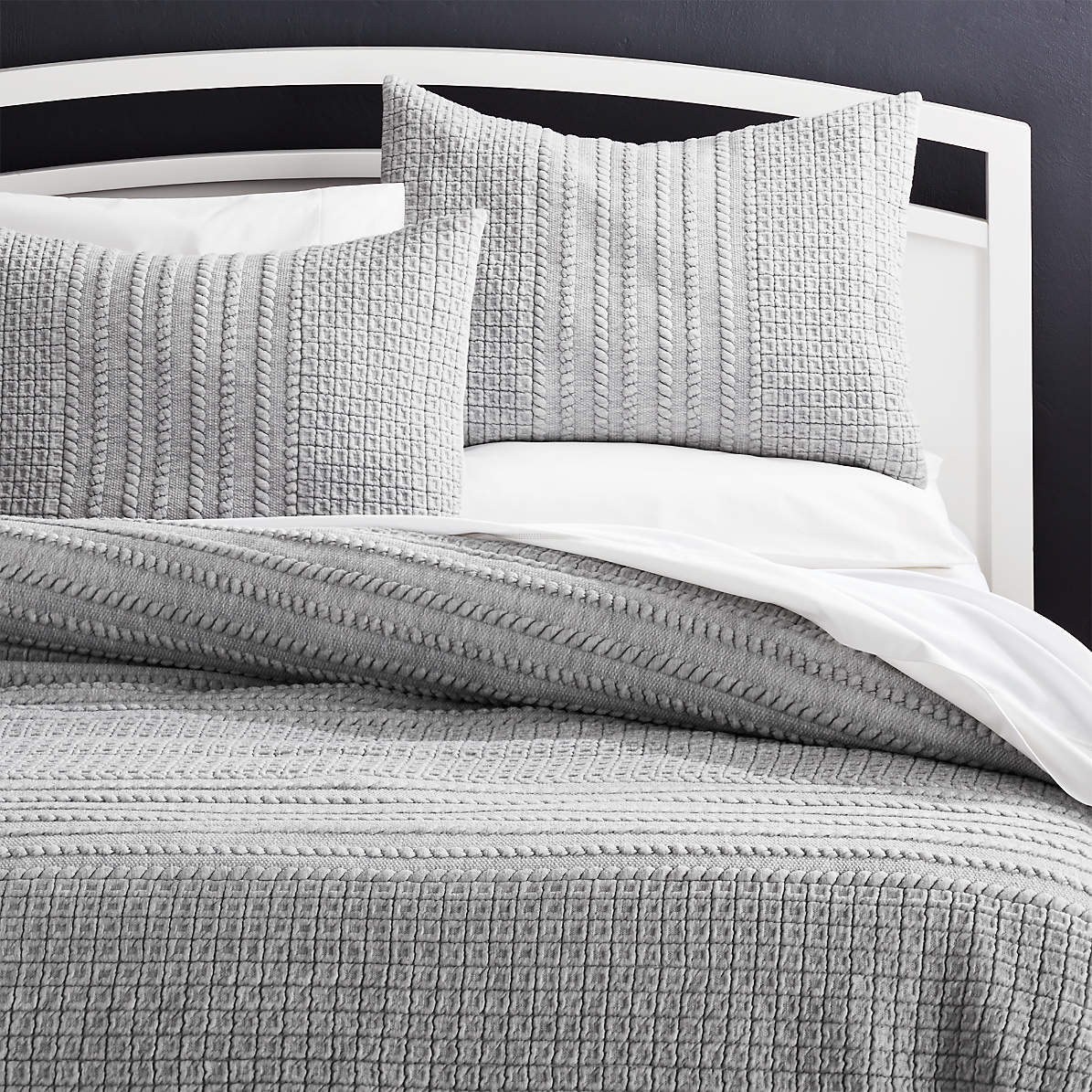 Doret Grey Jersey Quilts And Pillow Shams Crate And Barrel