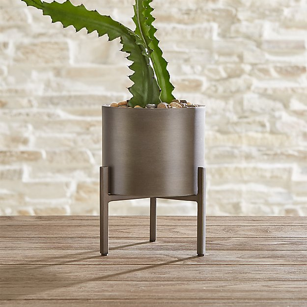 Dundee Medium Tabletop Planter - Image 1 of 3