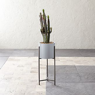 Dundee Light Grey Planter With Short Stand
