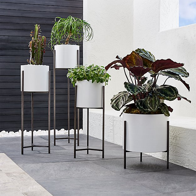 Dundee White Floor Planters - Image 1 of 8