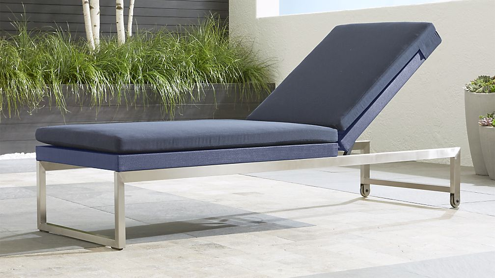 Dune Blue Outdoor Chaise Lounge Reviews Crate And Barrel