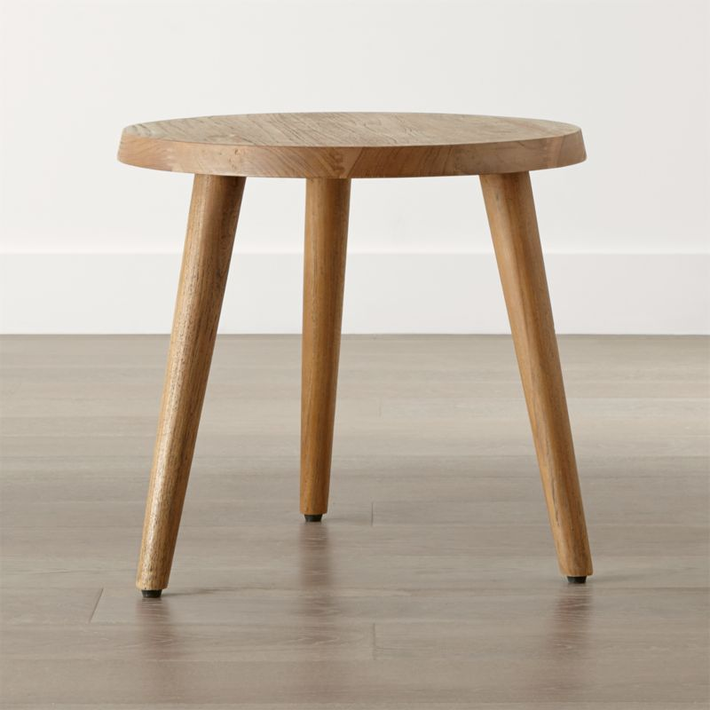 Charmant Edgewood Round Side Table