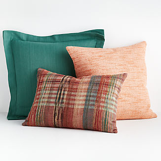 Eisley Pillow Arrangement