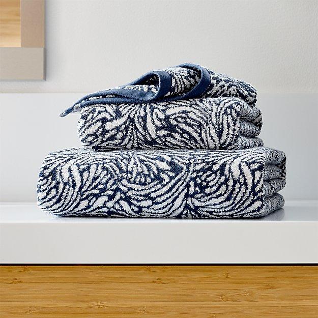 Ellio 550-Gram Organic Blue Bath Towels - Image 1 of 4