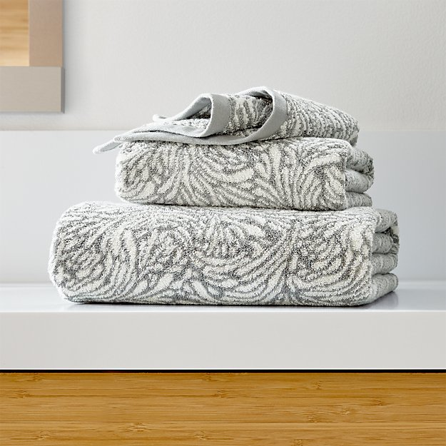 Ellio 550-Gram Organic Grey Bath Towels - Image 1 of 4
