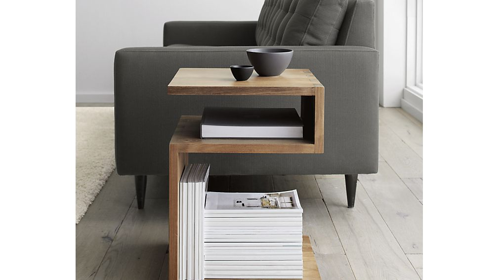 Entu Side Table