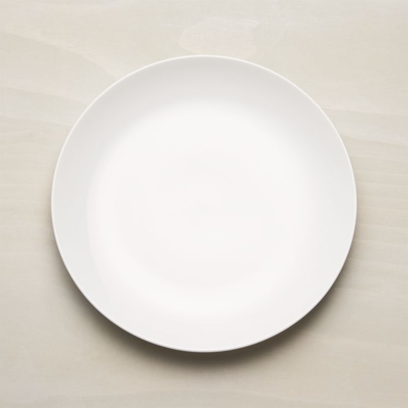 & Essential Dinner Plate + Reviews | Crate and Barrel