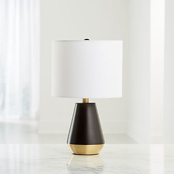 LED Simple Bedside Table Dining Table Writing Lamp Offices Metal Glass Table Lamp Kids Bedroom Desk Reading Lamp Study Room Desk Lamp Bedside Desk Table Lamp Bar Office Lamp Close-to-Ceiling Lights Black