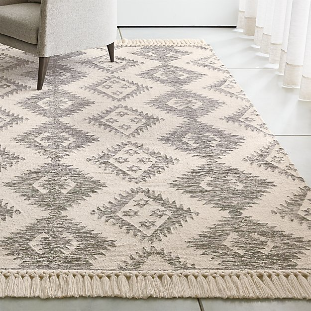 Ezra Charcoal And Cream Wool Rug With Fringe Crate And